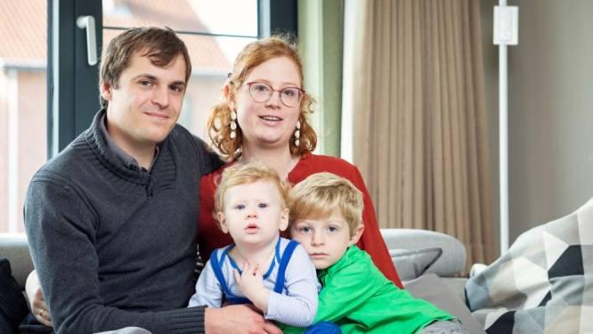 """Nelle (29) en Jonas (29) investeerden volop in hun eigen woning: """"Momenteel kunnen we amper sparen, ook niet voor de kinderen"""""""