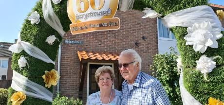 Jo en Joke Verstappen 60 jaar getrouwd: 'we verloren een dochter, maar kregen er twee kinderen bij'