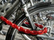 'Mindervalide moet ontheffing krijgen voor verbod op fietsparkeren op straat'