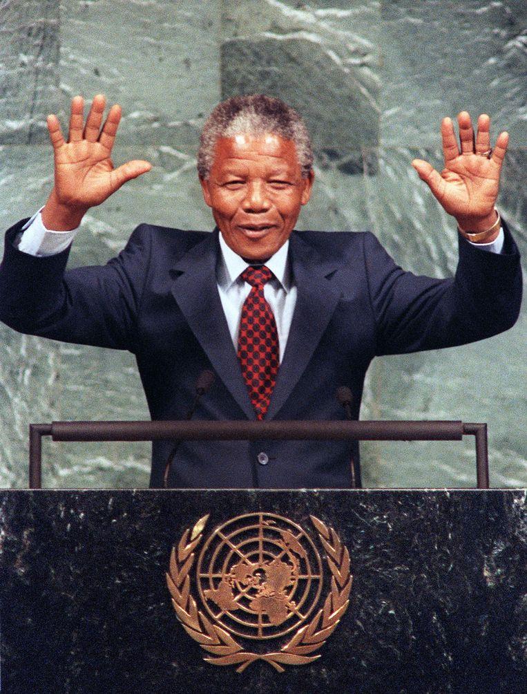 Nelson Mandela, net vrij, 1990. Beeld AFP