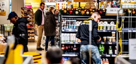 Bij de Jumbo in Oisterwijk komt een 'kletstafel' te staan: voor koffie, koek en een hulpvraag