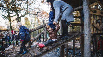 Het Tandwiel bouwt schooltuin om tot avontuurlijke speelplaats