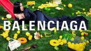 """Waarom Balenciaga voor hun nieuwe campagne voor een controversieel gezicht als Cardi B kiest: """"Sommigen vinden haar vulgair, anderen net verfrissend"""""""