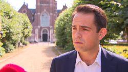 """Tom Van Grieken haalt uit naar burgemeester De Wever: """"Stadsbestuur is de controle kwijt"""""""