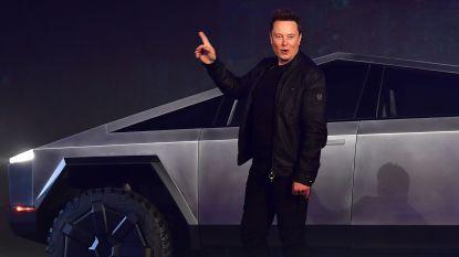 """Elon Musk: """"Jouw benzine- of dieselwagen is straks niets meer waard"""""""