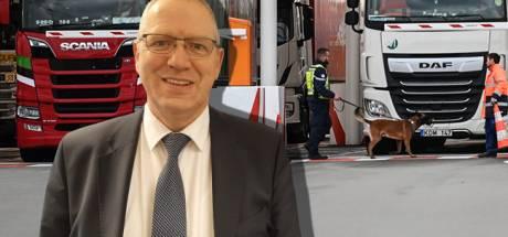 Wethouder Urk legt taken voorlopig neer na drugsvondst in vrachtwagen zoon (32)