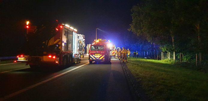 Op de A35 bij Almelo is vannacht een dodelijk ongeval gebeurd.