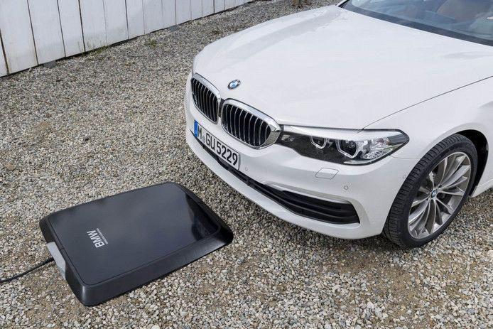 BMW's inductielader voor thuis