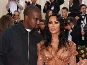 """Kim Kardashian annonce la naissance de son quatrième enfant: """"Il est parfait"""""""