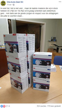 Oke-Auto doneerde 45 mondmaskers aan het ziekenhuis in Geel.