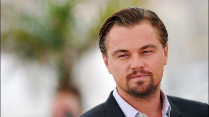Leonardo DiCaprio redt leven van dronken man die overboord valt van cruiseschip
