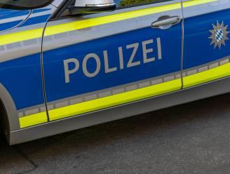 Lamborghini op Duitse snelweg crasht na straatrace op achterligger, die sterft in autobrand