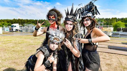 """Brides of Lucifer: """"Als metalkoor op Graspop? Zooooot"""""""