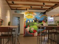 Restaurant De Kakel Club net gestart: met Koreaanse kip door de crisis heen zien te komen