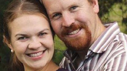 Australisch heterokoppel dat beloofde te gaan scheiden bij legalisering homohuwelijk, krijgt 'hulp' aangeboden van echtscheidingsadvocaat