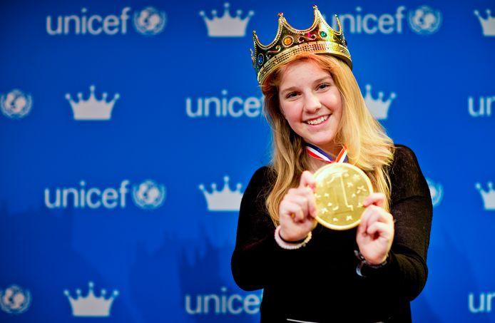 De 14-jarige Sann Leisink nadat zij bekroond werd tot Koningin van de Jeugd 2017.