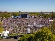 Hoe kom je aan 800 vrijwilligers voor het Bevrijdingsfestival in Zwolle?