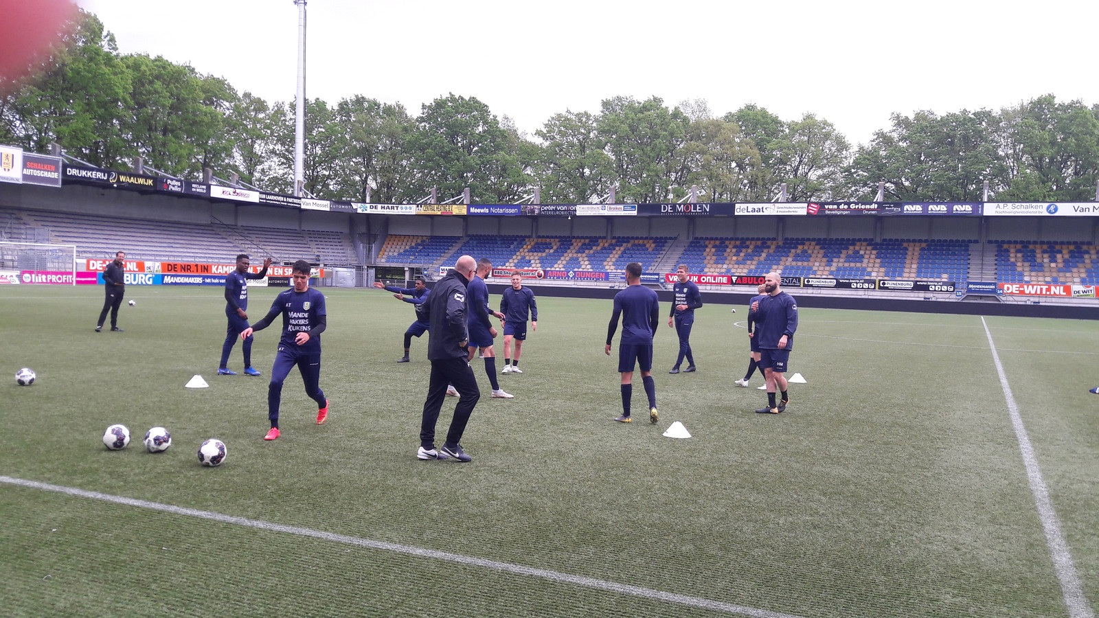 RKC Waalwijk legt de laatste hand aan de voorbereiding op de uitwedstrijd tegen Go Ahead.