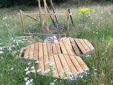 Bijenhotel Raalte vernield: 'Totaal zinloos, mensen hebben geen idee wat ze aanrichten'