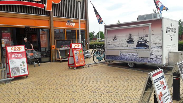 Waar Vis Zuidbroek voor de rest gesloten blijft, is de Coop weer 'gewoon' open.
