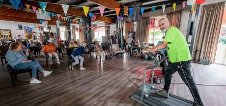 Thijs (69) uit Enschede loopt de Alpe d'HuZes op de loopband: 'Het stomme is, ik heb nu zelf kanker'