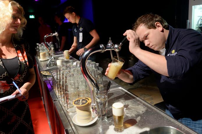 Manhattan in betere tijden: als locatie voor het Arnhems kampioenschap biertappen.