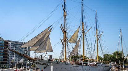 Mercator zet zeilen bij voor Oostende voor Anker
