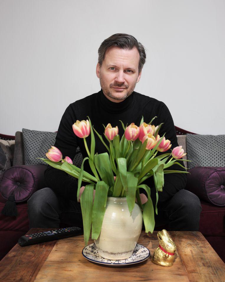 De vrije tijd deed de werkloze Erdbrink ook goed: 'Ik was altijd journalist in Iran, nu was ik ook eens mens.'  Beeld Erik Smits
