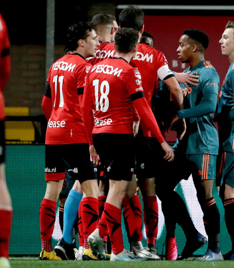 Helmond Sport in malaise aan de polonaise: 'Ik denk dat we de supporters genoeg uit te leggen hebben'