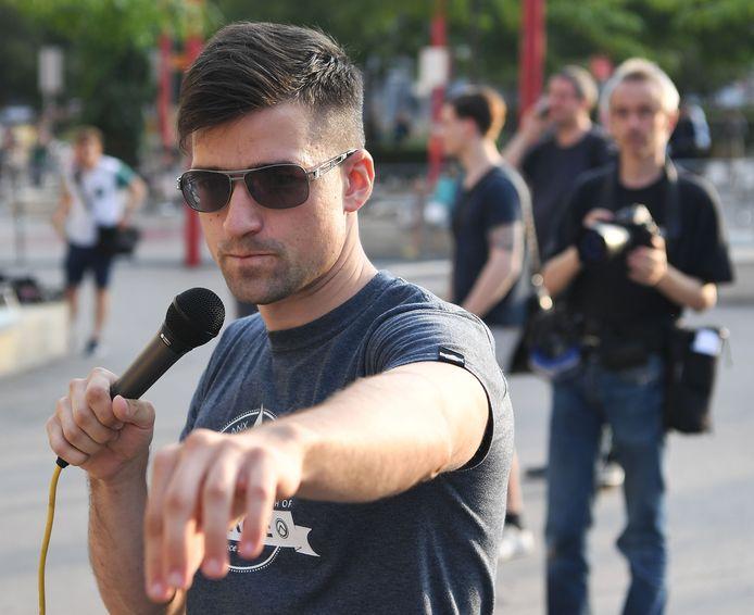 De Oostenrijkse politie doorzocht maandag de woning van Martin Sellner, woordvoerder van de Identitaire Beweging.