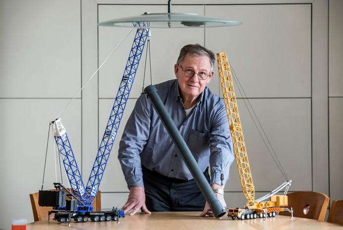 Ondernemer Piet Stoof werkte wereldwijd aan grote projecten waarbij extreem zware onderdelen moesten worden vervoerd.