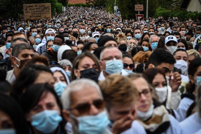 De indrukwekkende witte mars op 4 oktober waar meer dan 6.000 mensen aan deelnamen.