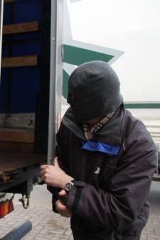 Containers van vrachtauto's opengebroken in de Krimpenerwaard