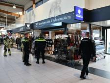 Brand bij Enschedese schoenmakerij in winkelcentrum Zuid