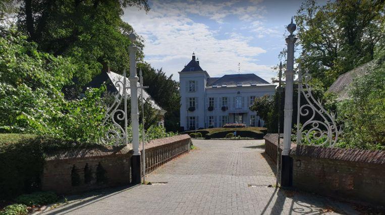 Het gemeentehuis van Hove