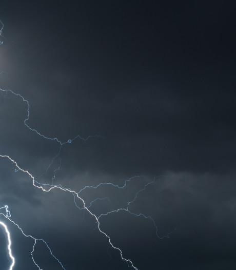 KNMI verbaasd over zeldzame onweersbuien in buurt Noordpool
