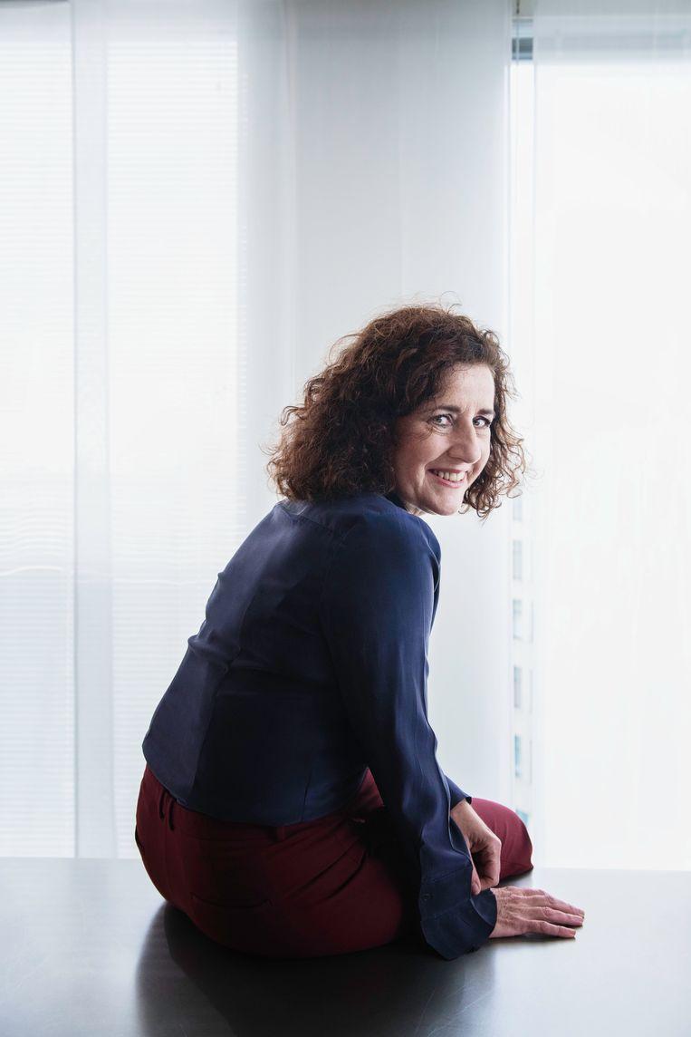 Minister Ingrid van Engelshoven (OCW): 'De eerstejaars van nu hebben veel gemist. Ze hebben geen eindexamen gedaan en de bijbehorende feesten niet gehad.' Beeld Kiki Groot
