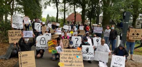 Chaos bij asielaanvragen zorgt voor onrust in azc's: 'Er zijn meer incidenten'