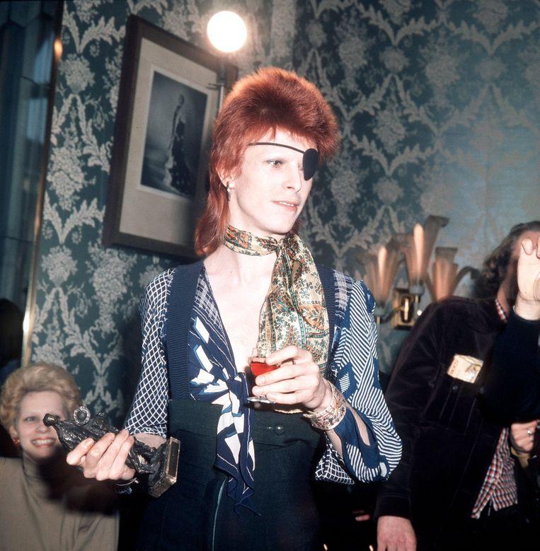 David Bowie kreeg in 1974 een Edison in het Amstel Hotel voor zijn album The Rise and Fall of Ziggy Stardust. Beeld anp