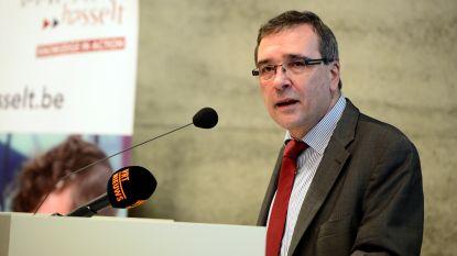 """N-VA Limburg tikt rector Universiteit Hasselt op de vingers: """"Rector De Schepper stelt zich beter wat discreter op"""""""