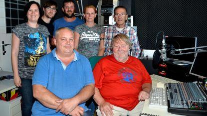 Radio Oost West draait 'Molenland Feest Vanuit je Kot'