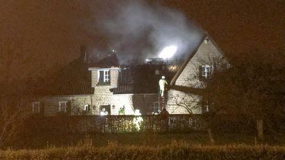 Villa onbewoonbaar na uitslaande brand in Sint-Genesius-Rode