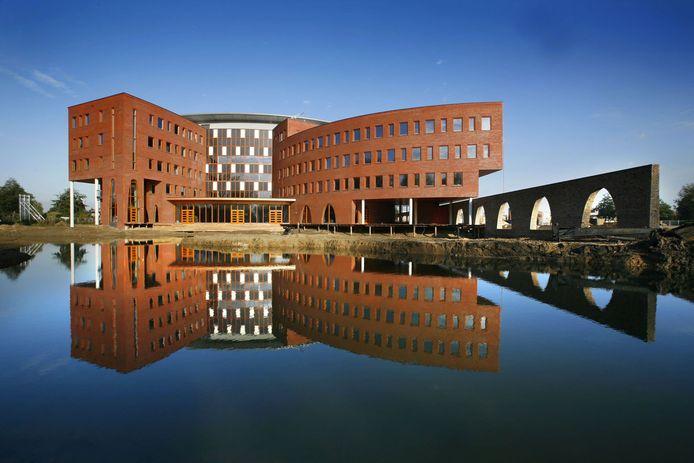Het gebouw van Waterschap Rivierenland in Tiel