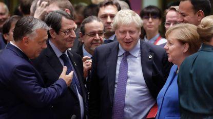 """""""Wanhopig gevecht om voldoende steun te vinden"""": Britse media blikken vooruit op historische stemming over brexitakkoord"""
