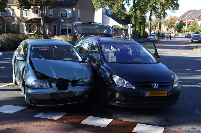 Botsing op Barrierweg in Eindhoven