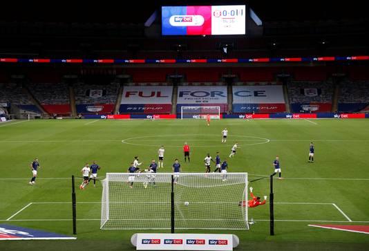 Het doelpunt van Joe Bryan (hier buiten beeld), de 0-1 voor Fulham.