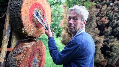 Bamboekunstenaar uit Herent als enige naar wereldkampioenschap messen- en bijlwerpen