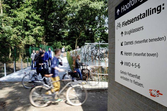 De gescheiden fiestenstalling op het Mill-Hillcollege in Goirle. Foto: Joris Buijs/PVE
