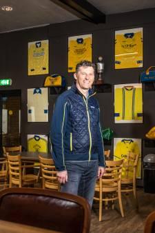 Bij eeuweling VV Hattem staat oud-aanvoerder gewoon achter de bar
