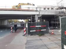 Bewoners niet blij met 'nepviaduct' zonder breder fietspad op Cartesiusweg